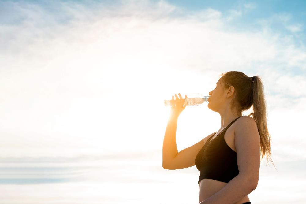 Preste atenção nos sinais que você não bebe água suficiente